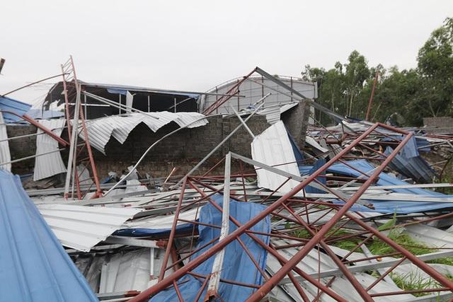 Danh tính 3 nạn nhân tử vong trong vụ lốc xoáy làm sập nhà xưởng hơn 2.000m2 ở Vĩnh Phúc - Ảnh 6.