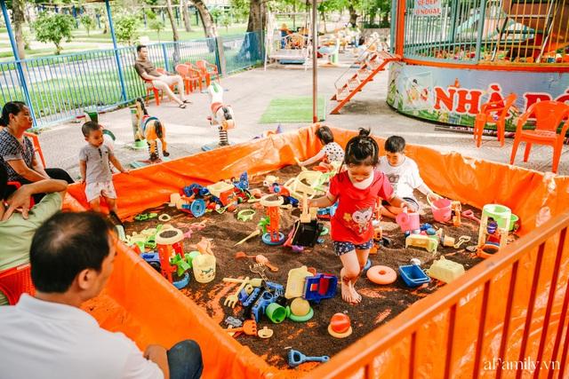 Cầm 4.000 đồng đổi lấy 1 ngày tham quan công viên Thống Nhất, nơi mà người Hà Nội đang dần lãng quên và phát hiện bên trong có nhiều thứ xưa nay đâu có ngờ - Ảnh 54.