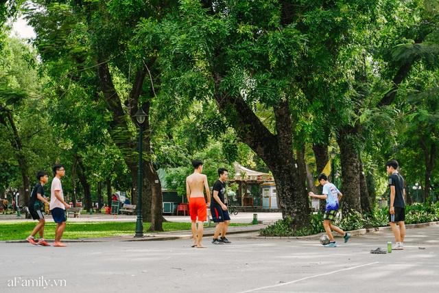 Cầm 4.000 đồng đổi lấy 1 ngày tham quan công viên Thống Nhất, nơi mà người Hà Nội đang dần lãng quên và phát hiện bên trong có nhiều thứ xưa nay đâu có ngờ - Ảnh 56.