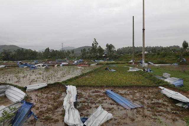Danh tính 3 nạn nhân tử vong trong vụ lốc xoáy làm sập nhà xưởng hơn 2.000m2 ở Vĩnh Phúc - Ảnh 7.