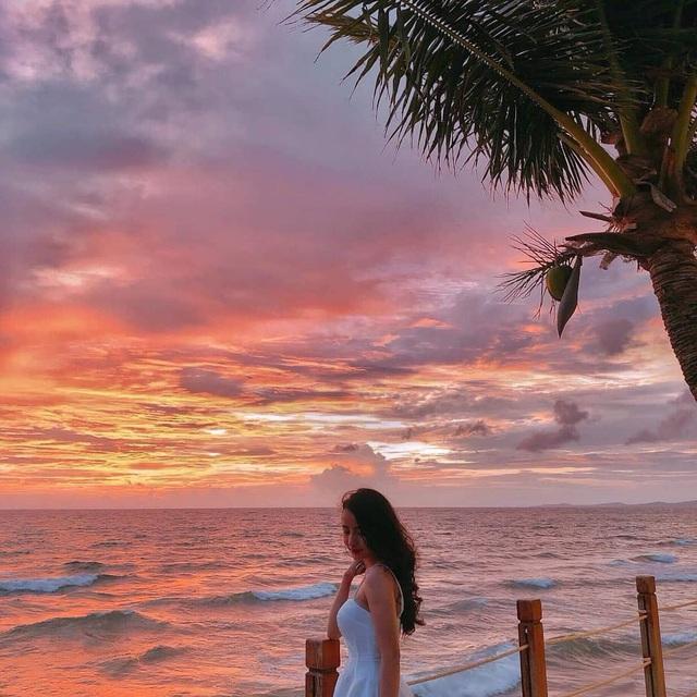 Phú Quốc: Top 3 khách sạn 4 sao giá chỉ từ 1,5 triệu đêm nằm ngay sát biển, ngắm hoàng hôn tuyệt đẹp - Ảnh 7.