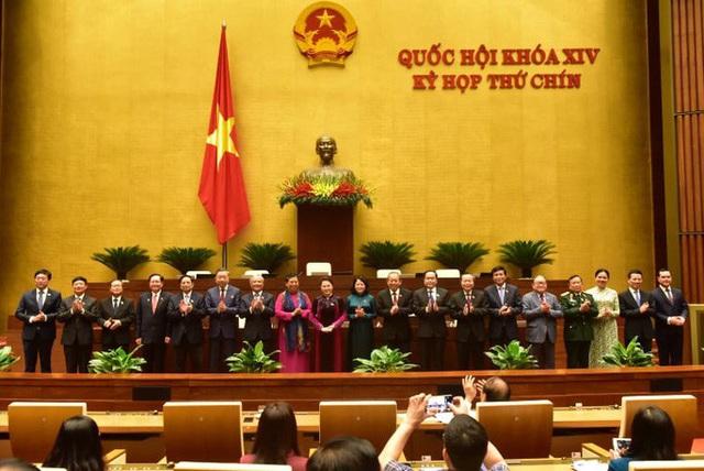 Bầu 4 Phó chủ tịch và 16 ủy viên Hội đồng bầu cử quốc gia  - Ảnh 2.