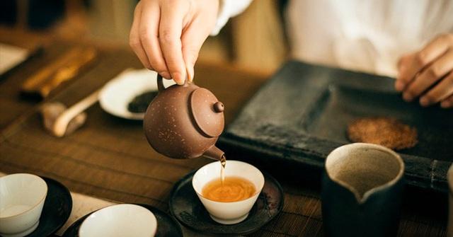 9 ích lợi khi uống trà mỗi ngày: Dưỡng sinh, dưỡng tâm, dưỡng hồn, phòng ngừa 3 loại ung thư phổ biến nhất - Ảnh 1.