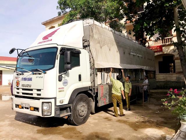 Bắt giữ gần 1000 sản phẩm máy, điện lạnh nhập lậu đã qua sử dụng - Ảnh 1.