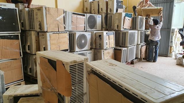 Bắt giữ gần 1000 sản phẩm máy, điện lạnh nhập lậu đã qua sử dụng - Ảnh 2.