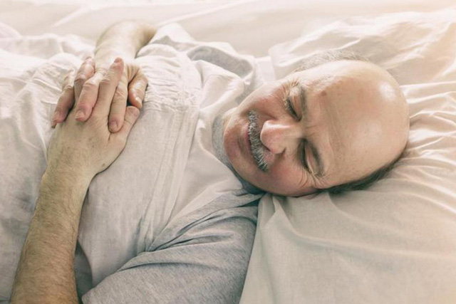 Dành cho những người bị bệnh gout: 3 dấu hiệu cảnh báo thận có vấn đề, 3 kiểm soát để giảm rủi ro sức khỏe - Ảnh 3.