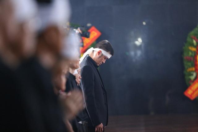 [Ảnh] Xúc động, nghiêm trang lễ tang người thầy của những nhà tình báo huyền thoại Trần Quốc Hương - Ảnh 15.