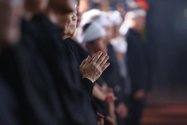 [Ảnh] Xúc động, nghiêm trang lễ tang người thầy của những nhà tình báo huyền thoại Trần Quốc Hương - Ảnh 17.
