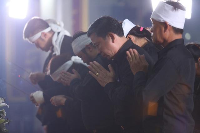 [Ảnh] Xúc động, nghiêm trang lễ tang người thầy của những nhà tình báo huyền thoại Trần Quốc Hương - Ảnh 18.