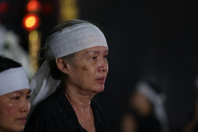 [Ảnh] Xúc động, nghiêm trang lễ tang người thầy của những nhà tình báo huyền thoại Trần Quốc Hương - Ảnh 20.