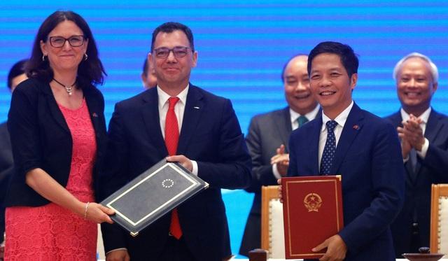 Báo Trung Quốc: Tăng đầu tư vào Việt Nam, châu Âu có thể sẽ giảm đầu tư vào Trung Quốc - Ảnh 4.