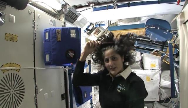 Cuộc sống khác thường của các phi hành gia trên trạm vũ trụ ISS - Ảnh 15.