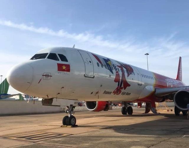 Máy bay trượt khỏi đường băng Tân Sơn Nhất: Vietjet lên tiếng xin lỗi  - Ảnh 3.