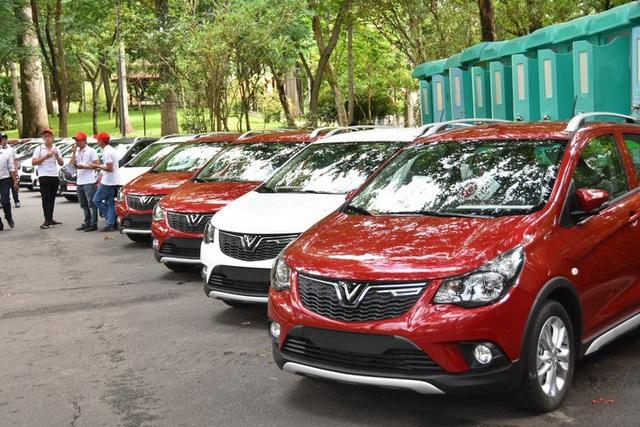 Bộ Tư pháp thẩm định Nghị định giảm 50% phí trước bạ ôtô trước khi trình Chính phủ - Ảnh 1.