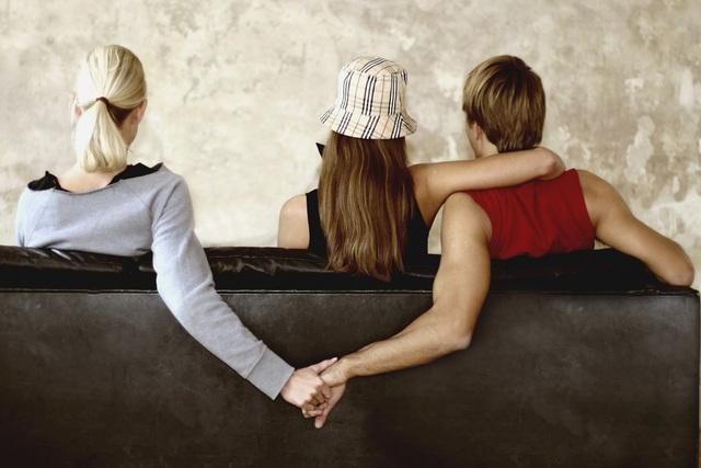 Bước sang tuổi trung niên, nhất định phải từ bỏ 3 việc này mới mong càng sống càng yên ổn - Ảnh 2.