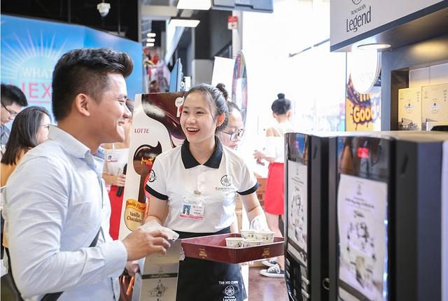 Bị ảnh hưởng bởi Covid-19, Trung Nguyênbắt tayvới hai sàn thương mại điện tử quốc tế Amazon, Alibaba mở siêu thị cà phê  - Ảnh 1.