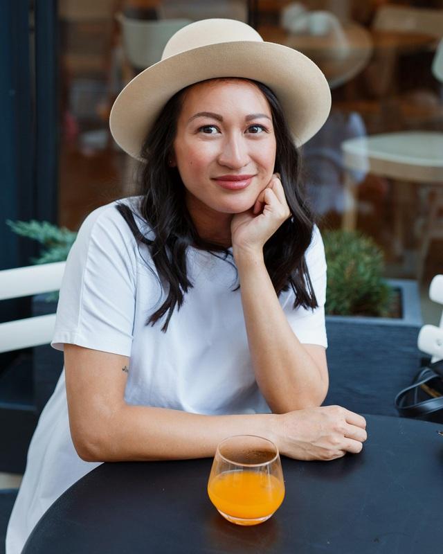 Bà chủ Việt đầu tiên lọt top Forbes 30 Slovakia nhờ kinh doanh đặc sản quê hương, thần thái giống người mẫu còn học vấn tựa thần đồng! - Ảnh 9.