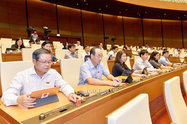 Quốc hội thông qua Nghị quyết đầu tư một số đoạn cao tốc Bắc-Nam - Ảnh 1.