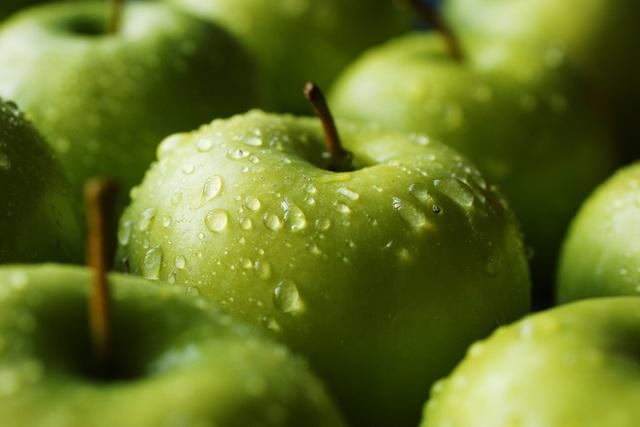 Nhân viên siêu thị tiết lộ về độ tươi ngon của rau củ quả: Có khi để cả năm, chưa rửa đã xếp lên kệ - Ảnh 3.