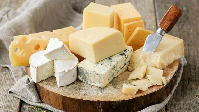Khi ăn phô mai hãy nhớ 4 điều để tránh nguy cơ bị tăng cân, mắc các bệnh về dạ dày và bệnh tim  - Ảnh 5.