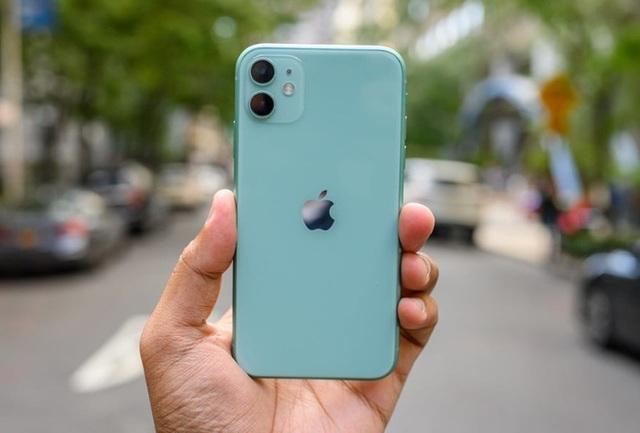 Đại hạ giá 7 triệu đồng, xuống tiền mua Huawei Mate 30 Pro hay iPhone 11? - Ảnh 3.