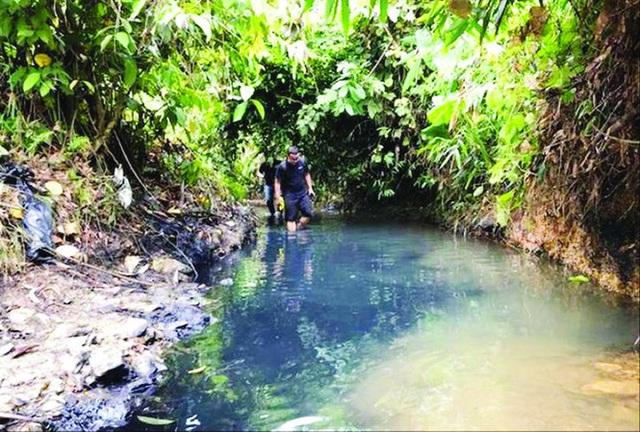 Hành trình truy dấu ô nhiễm nguồn nước sông Đà - Ảnh 3.
