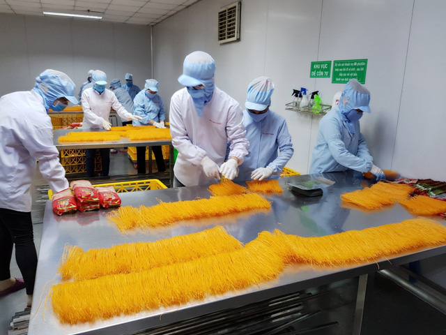 Thấy bánh tráng bán tại Mỹ ghi made in Thailand, Chàng trai Củ Chi quyết tâm mang bánh tráng, phở Việt tới 42 quốc gia trên thế giới - Ảnh 2.