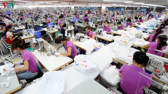 Lao động và việc làm của ngành dệt may, da giày đang là bài toán khó giải - Ảnh 1.