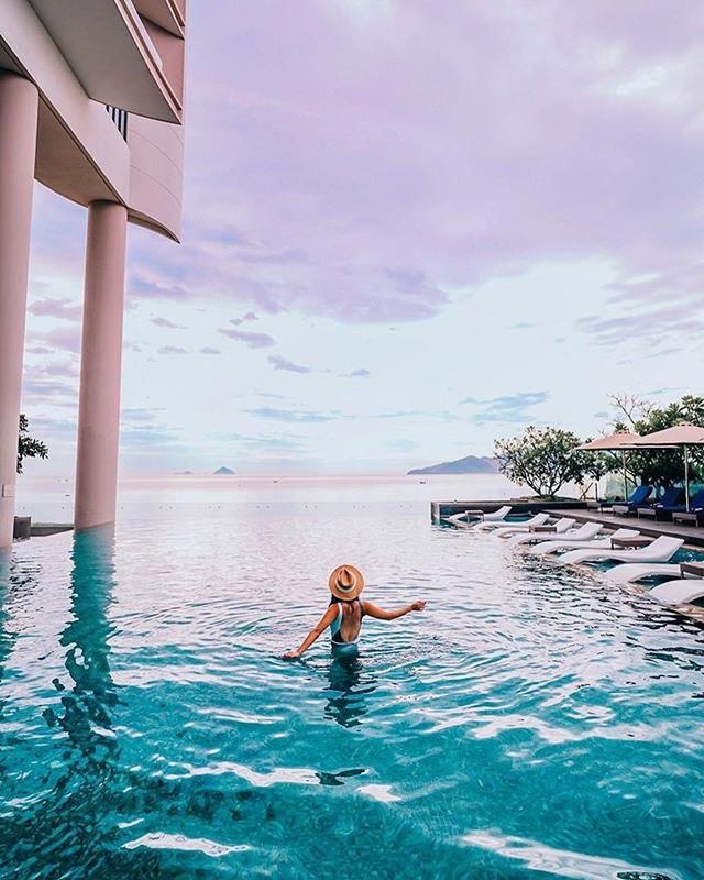 4 khách sạn 5 sao đáng ở nhất khi tới Nha Trang: Hồ bơi vô cực view tầng cao sang chảnh, giá còn giảm tới 50%! - Ảnh 6.