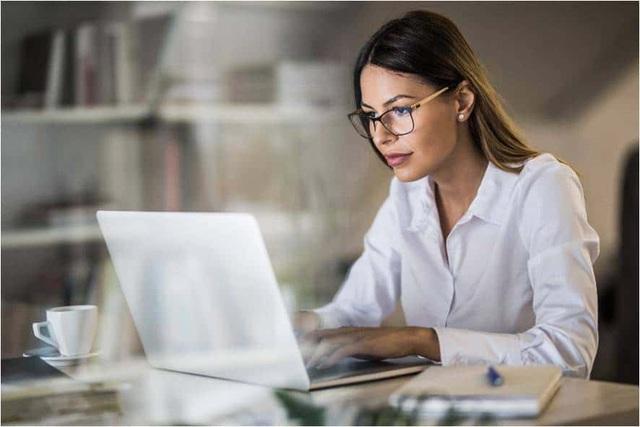 Trở thành người đa-zi-năng hay hiểu biết chuyên sâu 1 lĩnh vực sẽ giúp bạn thành công hơn? Lời khuyên gây bất ngờ từ giảng viên đại học Harvard - Ảnh 1.