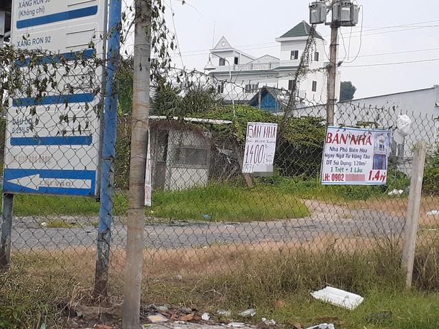 Hoa mắt với cung đường tờ dán, tờ rơi rao bán BĐS tại Long Thành (Đồng Nai) - Ảnh 9.