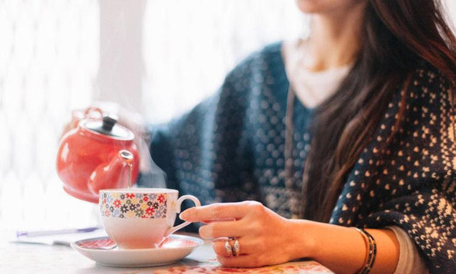 Uống 3-5 tách trà mỗi ngày còn lợi hơn cả thuốc bổ: Cơ thể nhận đủ lợi ích từ giảm nguy cơ ung thư đến tăng cường trí tuệ - Ảnh 2.