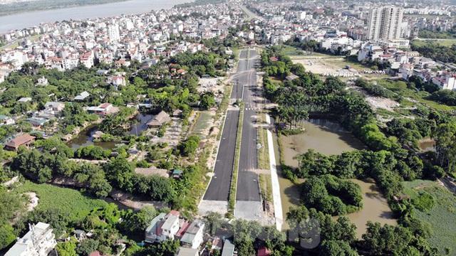 Nhìn gần con đường nghìn tỷ ở trung tâm Hà Nội sau hai năm làm được vài trăm mét - Ảnh 14.
