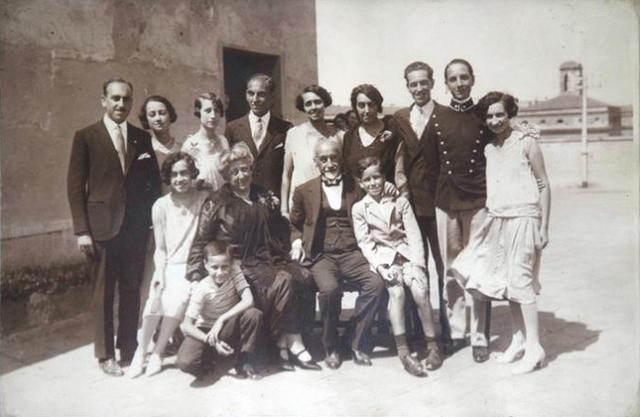 Gia đình Almagia – hậu duệ của một người từng được cứu sống nhờ bệnh K - Ảnh 6.