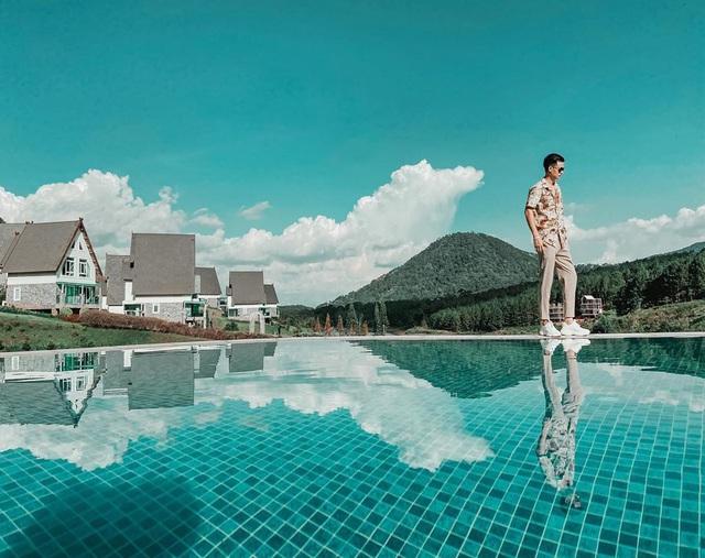 5 khách sạn 5 sao có view đẹp hút tầm mắt ở Đà Lạt: Muốn trốn nắng hè, bạn nhất định nên đến để tận hưởng không khí tuyệt vời của cao nguyên - Ảnh 7.