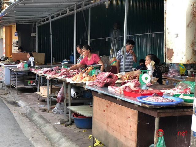 Nắng nóng, nghìn quả dừa bán veo mỗi ngày, thịt lợn không bóng khách - Ảnh 6.