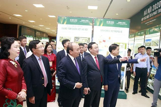 Bí thư Vương Đình Huệ: Hà Nội quyết tâm là địa phương đi đầu hồi phục kinh tế sau dịch - Ảnh 1.