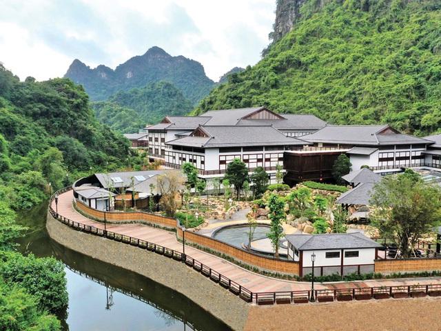 Du lịch Việt Nam hè này xịn chẳng kém gì ra nước ngoài: Vừa đẹp, vừa sang, lại giảm giá giật mình, ai không đi sẽ tiếc vô cùng - Ảnh 30.