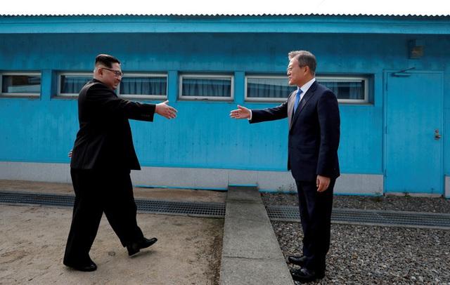 Trở nên cực kỳ khó đoán, điều gì đang xảy ra với ông Kim Jong-un?  - Ảnh 3.