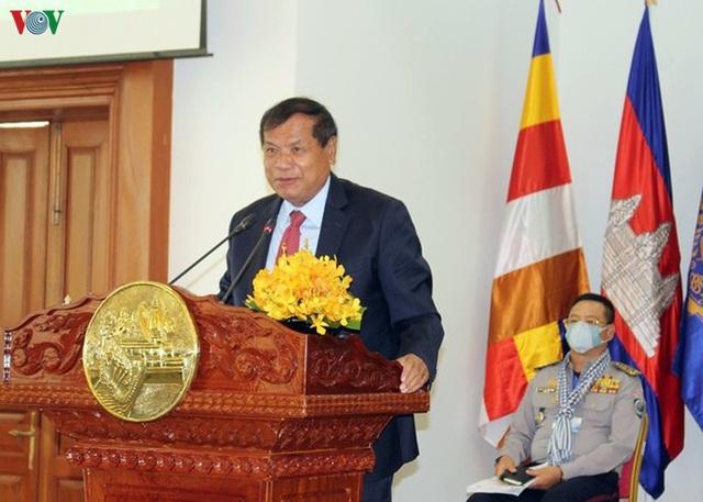 Covid-19 đẩy ngành du lịch Campuchia thụt lùi 5 năm - Ảnh 1.