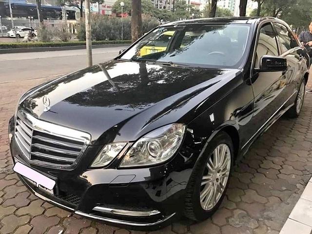 Cám cảnh xế sang Mercedes, Toyota Camry, BMW... một thời tiền tỷ, xe cũ giá chỉ tiền trăm - Ảnh 2.