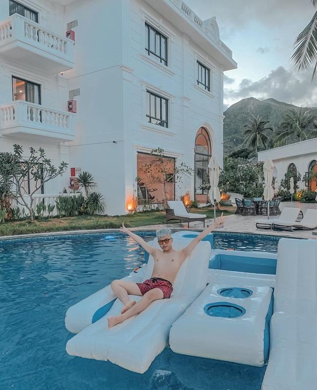 Đến Quy Nhơn chơi, đừng bỏ qua 6 resort cao cấp này để chuyến đi thêm trọn vẹn: Tận hưởng kỳ nghỉ hè sang chảnh và yên bình không thể nào quên - Ảnh 3.