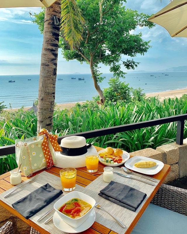 Đến Quy Nhơn chơi, đừng bỏ qua 6 resort cao cấp này để chuyến đi thêm trọn vẹn: Tận hưởng kỳ nghỉ hè sang chảnh và yên bình không thể nào quên - Ảnh 15.