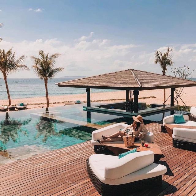 Đến Quy Nhơn chơi, đừng bỏ qua 6 resort cao cấp này để chuyến đi thêm trọn vẹn: Tận hưởng kỳ nghỉ hè sang chảnh và yên bình không thể nào quên - Ảnh 8.