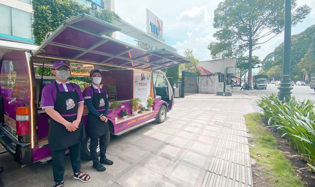 Tập đoàn của ông Đặng Văn Thành mở chuỗi xe bánh mì - Ảnh 1.