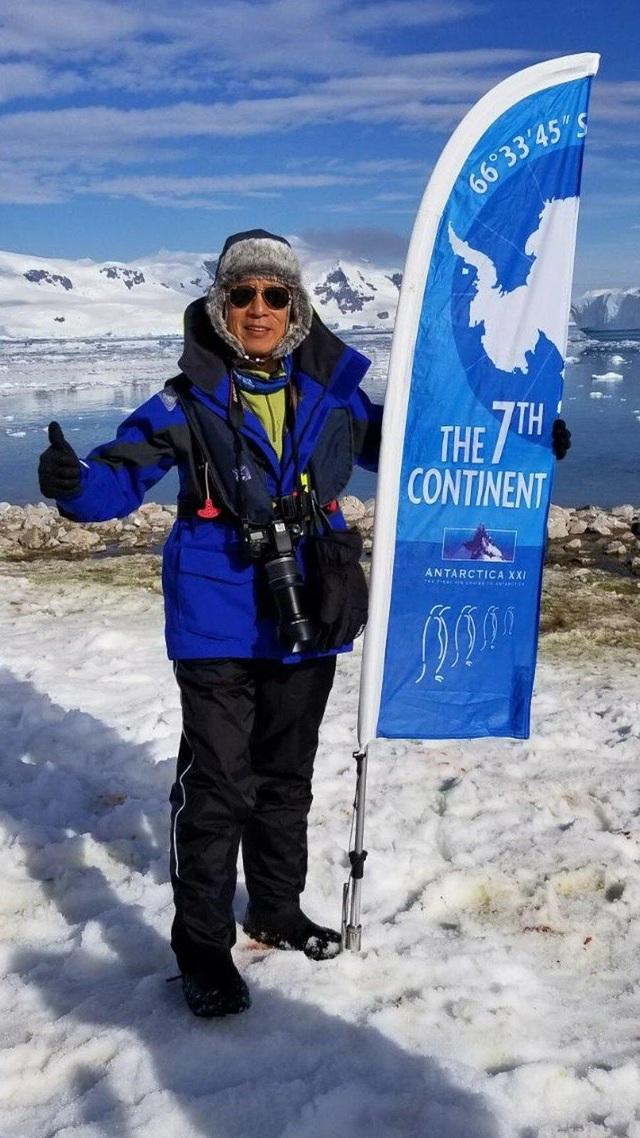 Ông cụ 60 tuổi tới Nam Cực, 75 tuổi vẫn tới lớp học yoga: Đừng bao giờ tự giới hạn bản thân bởi lý do tuổi tác, hãy cứ sống hết mình, trọn vẹn - Ảnh 3.