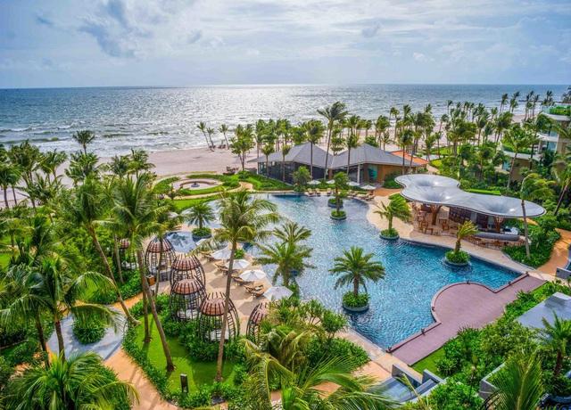 6 resort 5 sao sở hữu hồ bơi độc đáo bậc nhất đảo ngọc Phú Quốc đang có giá rẻ, giảm sâu đến không ngờ: Còn gì tuyệt hơn ngắm hoàng hôn, đắm mình trong làn nước xanh trong vắt - Ảnh 15.