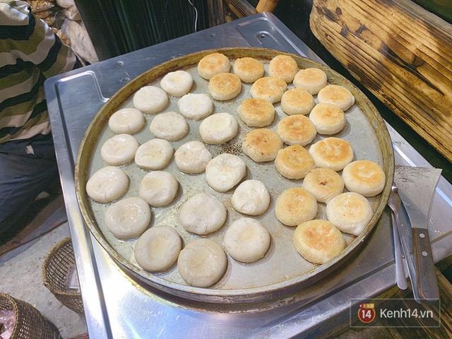 Đến Sa Pa thử bao nhiêu đặc sản nhưng không phải ai cũng từng biết đến món bánh hạt dẻ này - Ảnh 2.