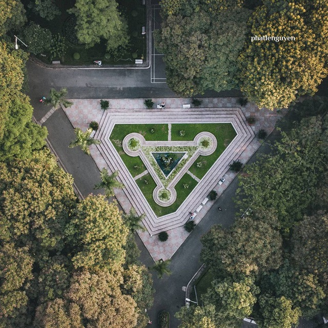 """Không tin vào mắt mình trước bộ ảnh chụp Sài Gòn từ trên cao đang """"gây bão"""" MXH: Xem hình, bạn đoán được đúng tên bao nhiêu địa điểm? - Ảnh 29."""