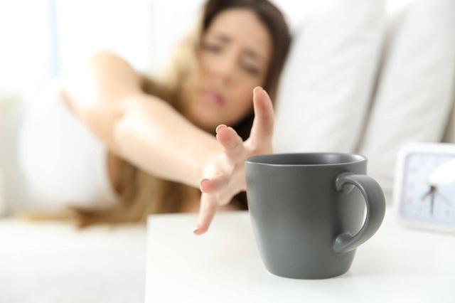 Để tâm trạng luôn vui vẻ, suy nghĩ tích cực, không còn lo âu, hãy ăn uống theo quy tắc 4 nên 2 tránh - Ảnh 4.